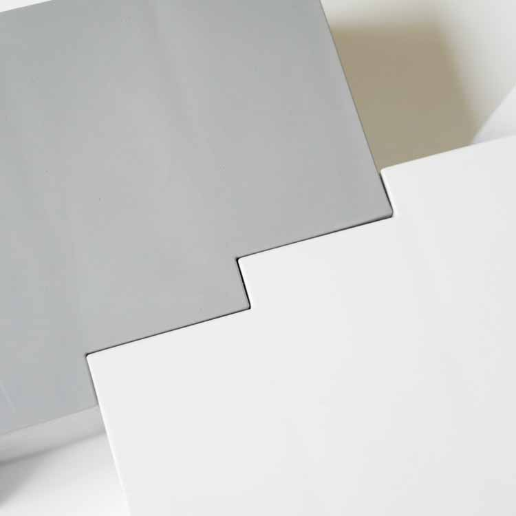 リモココ ホワイト