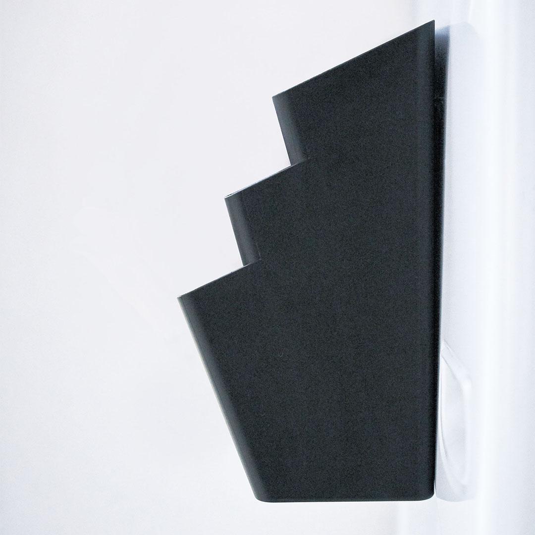 【tower】冷蔵庫横マグネット収納ポケット 3段 タワー ブラック