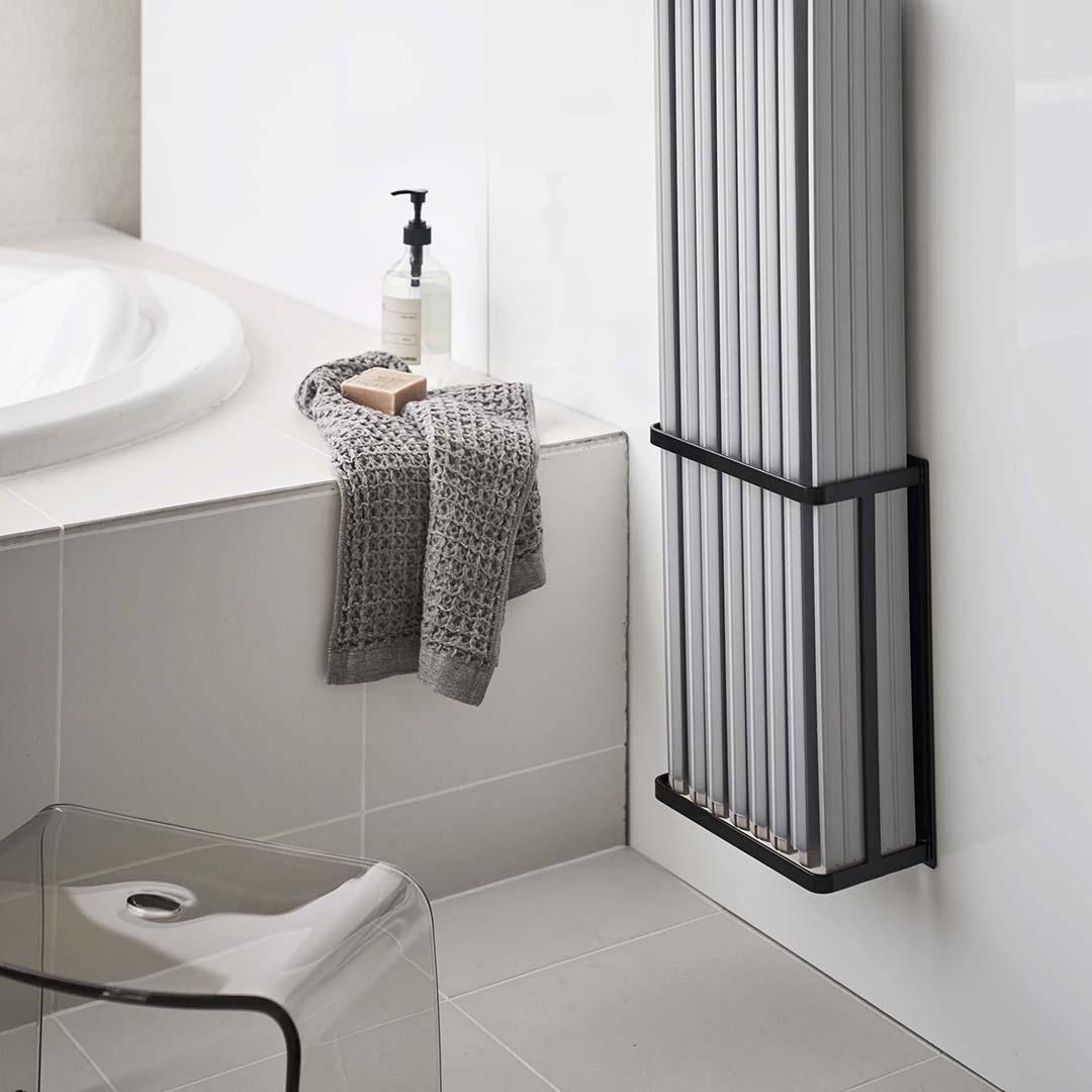 マグネットバスルーム折り畳み風呂蓋ホルダー タワー ブラック