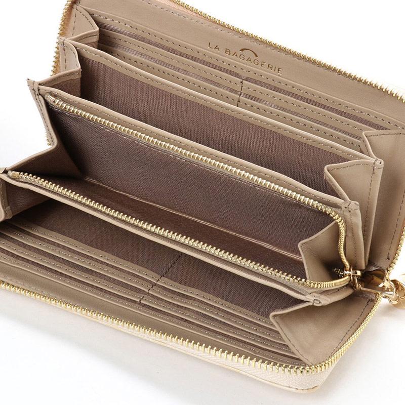 クロコ型押しエナメル長財布