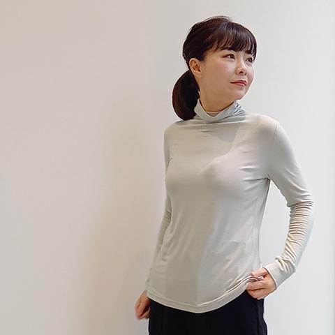 2021`Autumn/Winter アウトラスト プルオーバー 【1115701】
