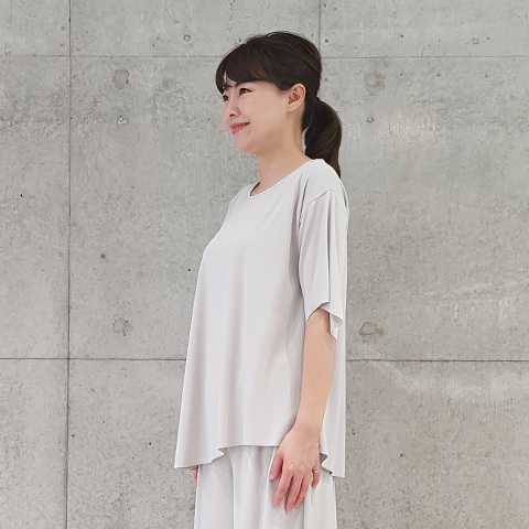 "2021` Spring/Summer""Puluri""ワイドスリーブアシンメトリープルオーバー 【1329791】"