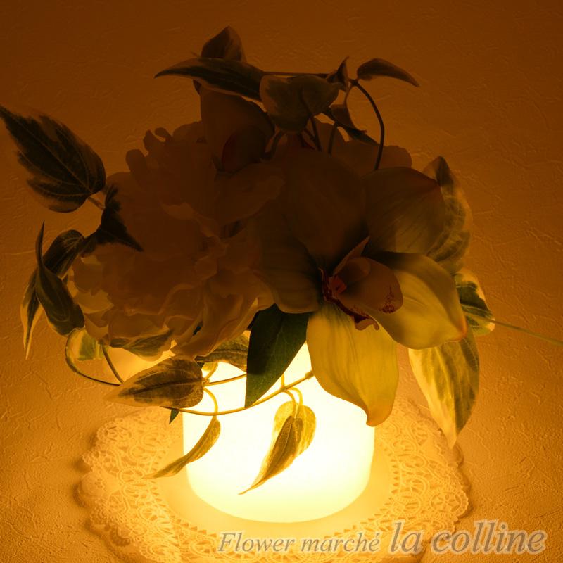 ピオニーとシンビジウムのLEDライト(Tomosu)【アーティフィシャルフラワー(高級造花)アレンジ】