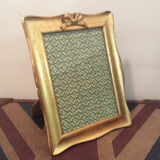 SOLDI Photo Frame with Bow