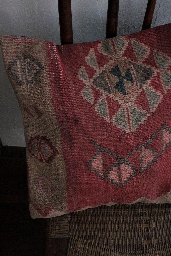 オールドキリムクッションカバーB チェアパッド 45cm×45cm