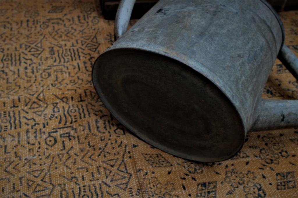 フランスアンティーク ブリキの大きなジョウロ 138