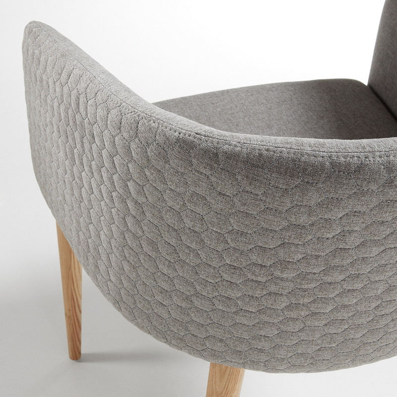 HARMON Armchair natural wood quilted fabric light grey