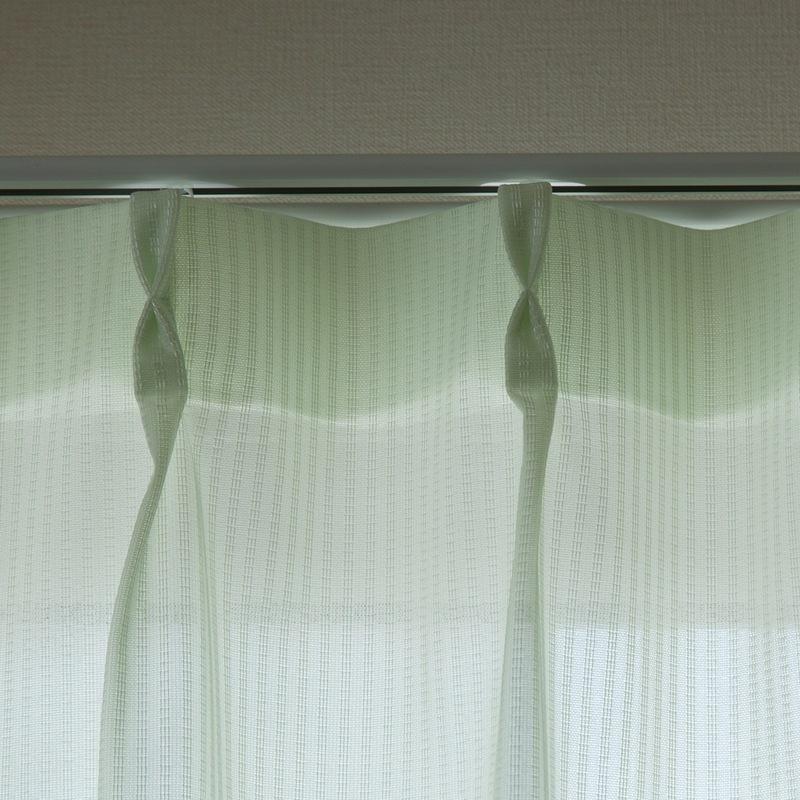 [防炎・多機能]昼ミラー・遮熱・保温効果のあるストライプ柄レースカーテン【ヴィーヌ GN】グリーン