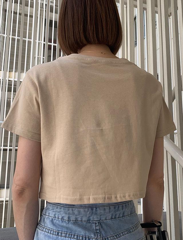 ショート丈ロゴTシャツ