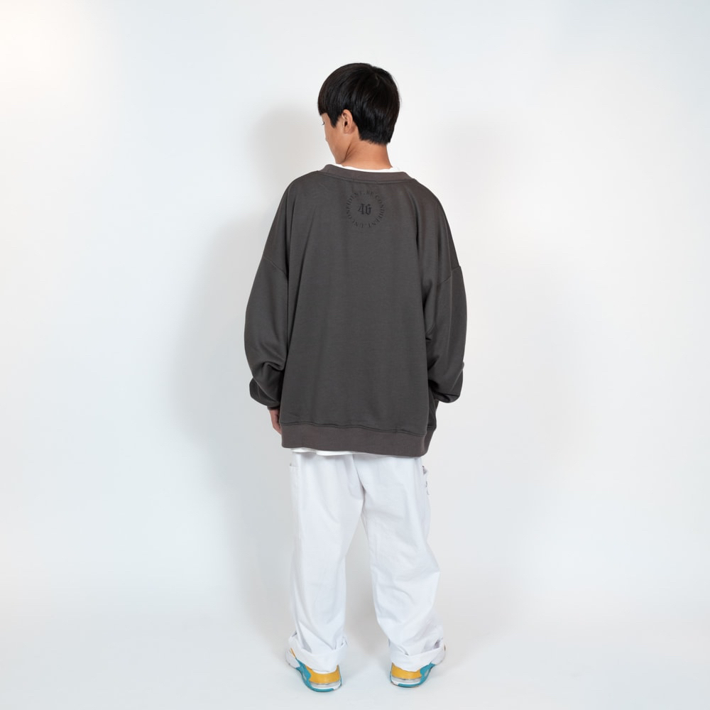 maru。 sweat / BLK