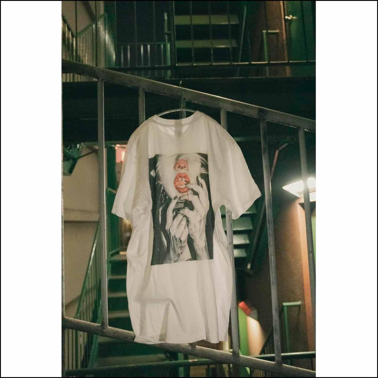 kuchibiru Tシャツ