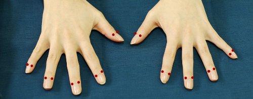 """話題の""""爪もみ""""健康法をお手軽に。「爪もみ太郎」"""