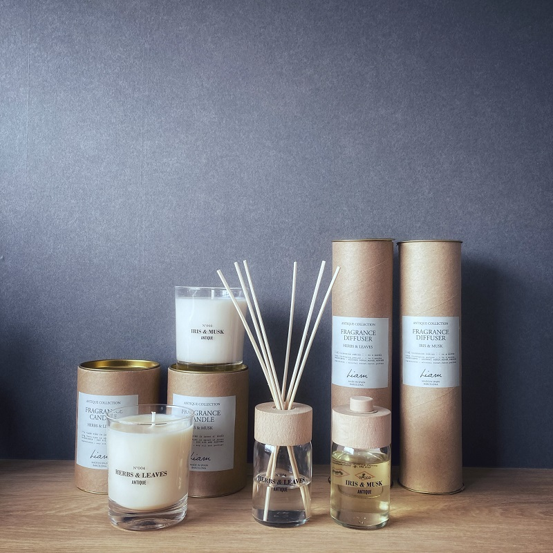 Liam with cerabella Antique fragrance diffuser  リアム アンティーク フレグランス ディフューザー