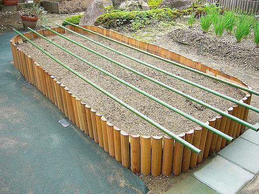 長持ちハードウッド 木製DIY連杭(エッジング・見切) 高さ300mmタイプ 長さ1800mm(約8kg)