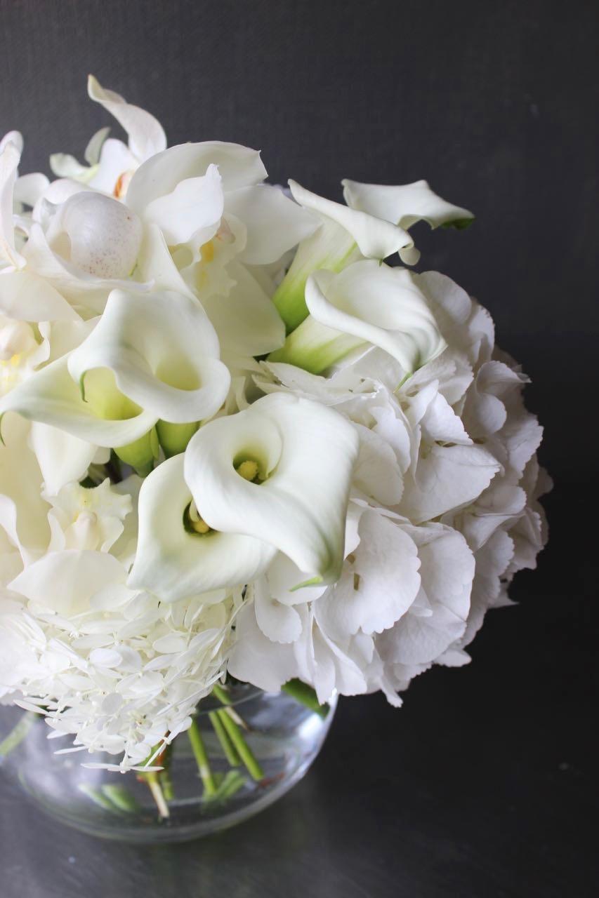 白玖 haku ラグジュアリーの王道カラー The luxury [bouquet with vase 3L size] #002