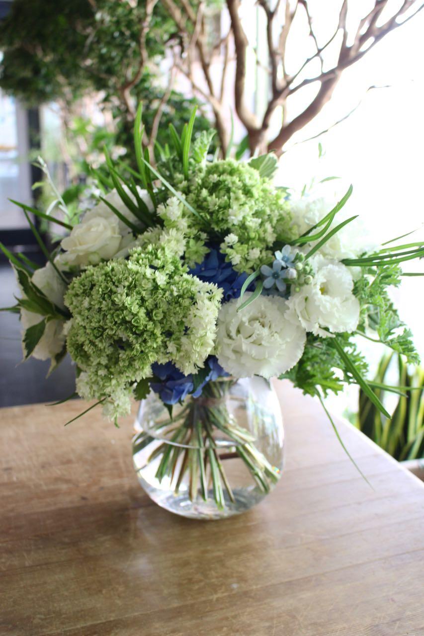 空色 sorairo 爽やかなスカイブルー  refreshing sky blue [bouquet with vase 3L size]  #002