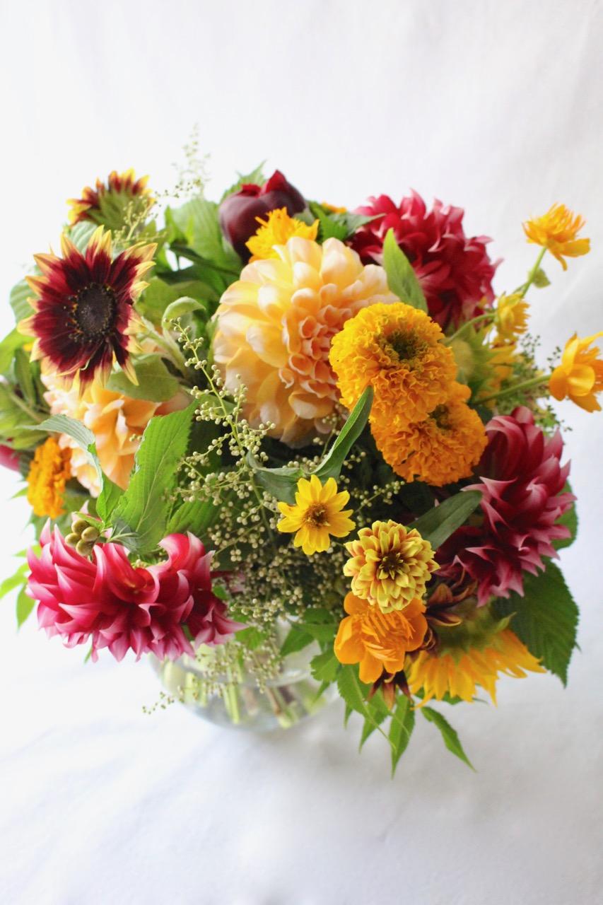 鉛丹 entan 人気のオレンジ系の上質ガラスボールアレンジ[ 花器付きブーケ 3L size ] #002