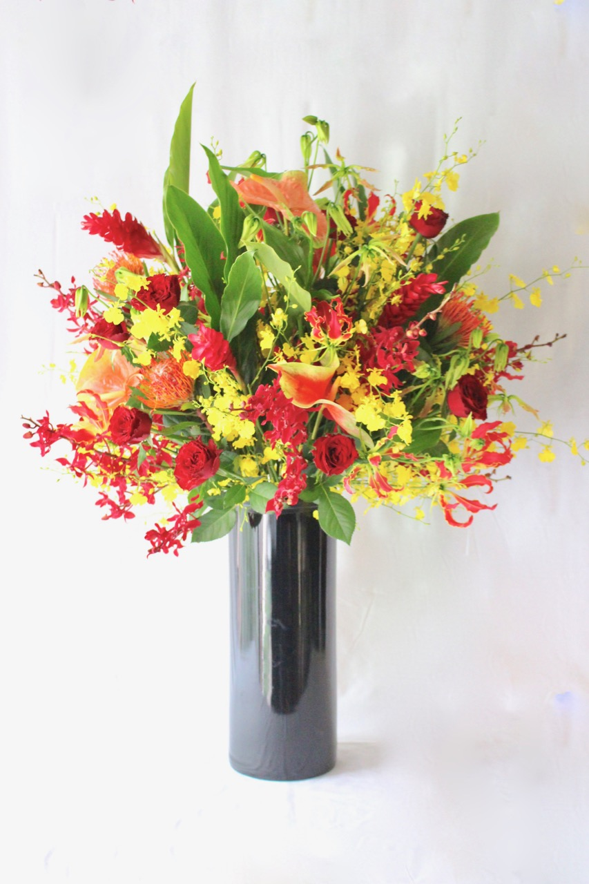 紅緋 benihi 華やかで花持ちの良い花々 gorgeous and long-lasting flowers [Arrangement Special] #002