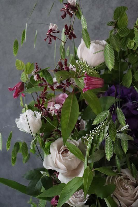 桃希 momoki グリーンたっぷり自然の恵みをのびのびと[アレンジ・花器付き花束セット] #002