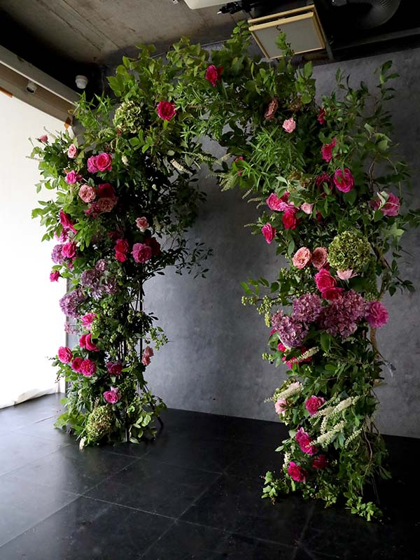 茂恵 moe まるで庭のようなナチュラルフラワーアーチ  just like a garden [Natural flower arch] #002