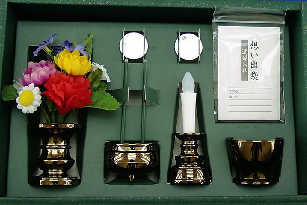 ミニミニお仏具6点セット 電池式火を使わない安心のろうそく・お線香ほか 小型仏壇などに