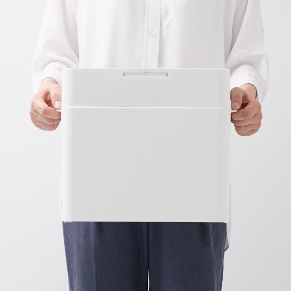 シールズ9.5 密閉ダストボックス ホワイト like-it LBD-01