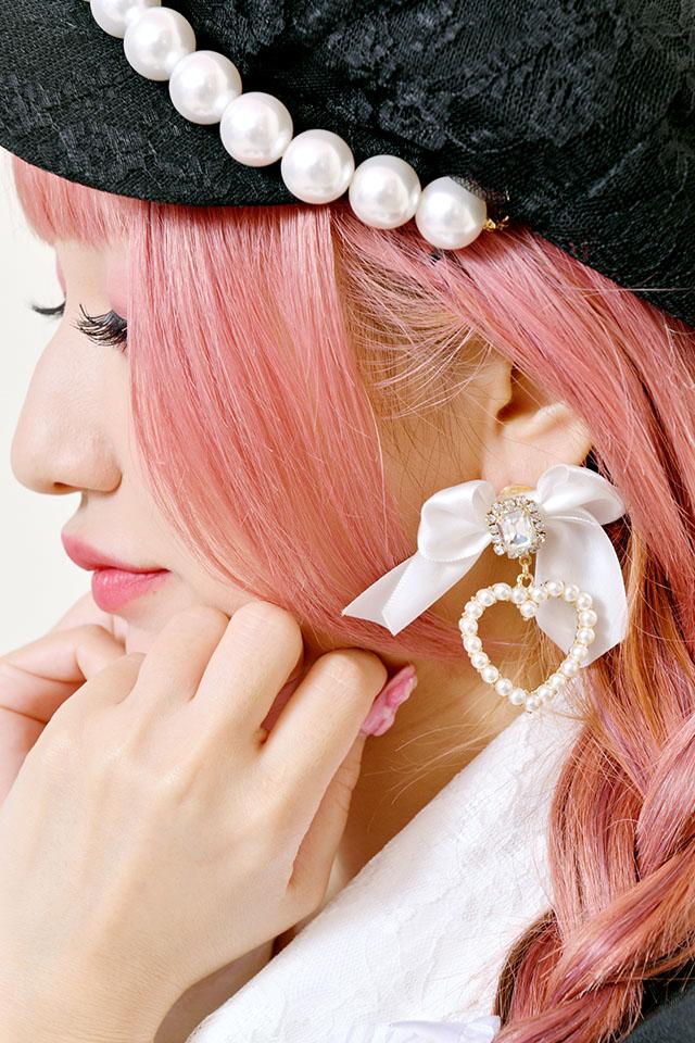 【Princess Melody】♪パールハート×ビジューおりぼんピアス♪ - ホワイト size-F