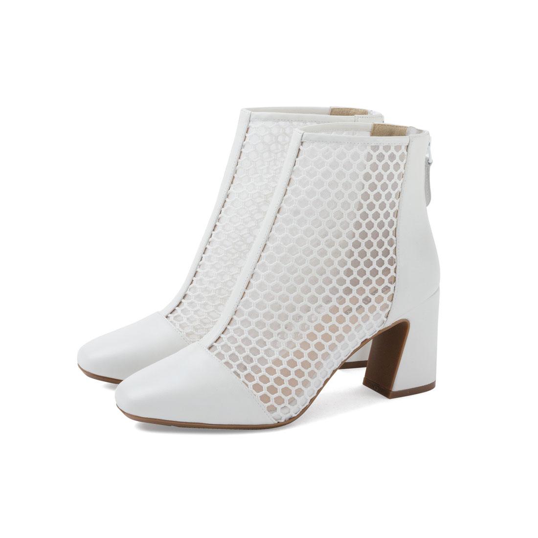 羊革 透け感ラウンドショートブーツ(7.5cm太めヒール) ホワイト