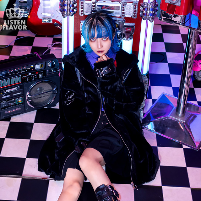 ムーンライト ベルト付ファーブルゾン 【BLACK】/リッスンフレーバー