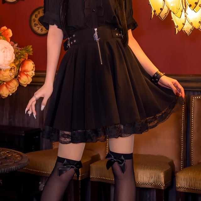 メルティームーンサイドベルトサーキュラースカート 【BLACK】/リッスンフレーバー