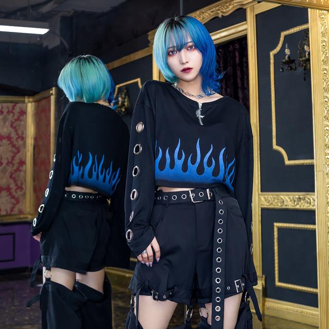 ブルーファイヤー袖ハトメショートトップス 【BLACK】/リッスンフレーバ