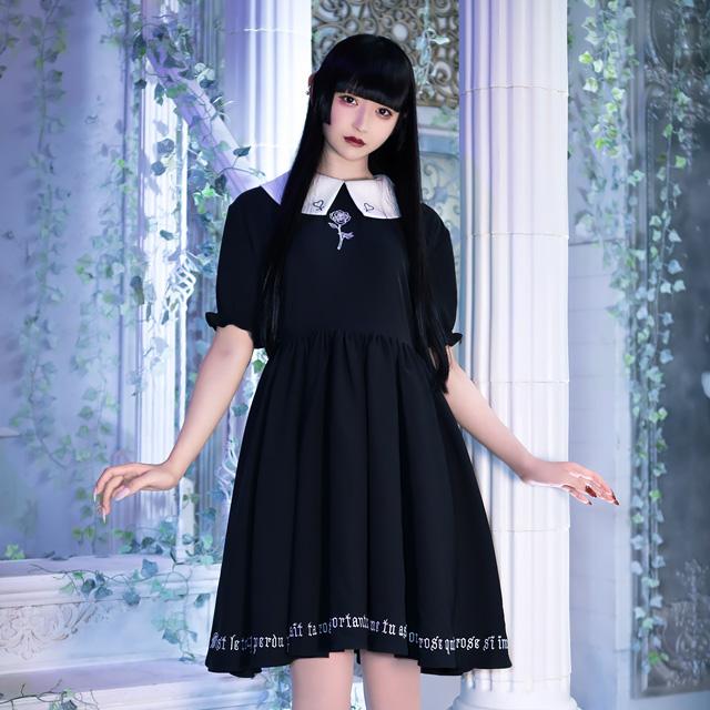 薔薇とアンク刺繍ギャザーワンピ 【黒襟】/リッスンフレーバー