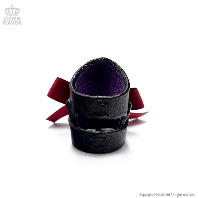 エンジリボン付黒アーマーリング/Brindle (ブリンドル)[原宿系ファッション]
