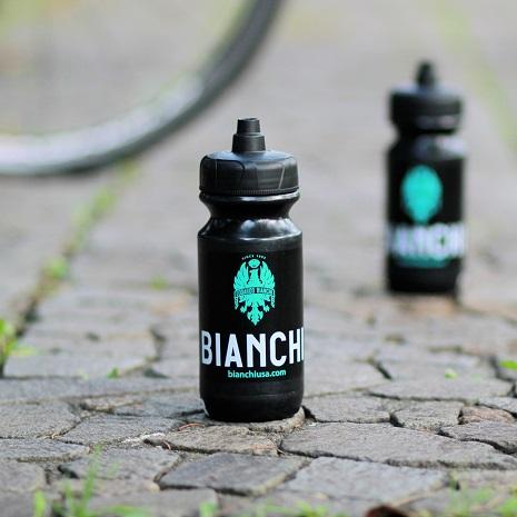 ★国内未販売レアアイテム★<br>Bianchi(ビアンキ)NEWパワーフローボトル 620ml ブラック
