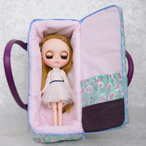 【ハンドメイド】 お人形とおでかけバッグ 【大】  ミントフラワー  【まるしぇらぱん】