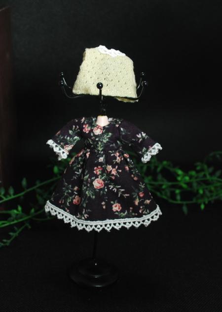 【ハンドメイド/まるしぇらぱん】 ベスト付きワンピースセット 薔薇 【8】(ペチパンツ・靴下付) オビツ11cmサイズ