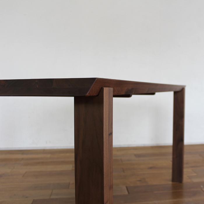 ・【アリエス-1】ダイニングテーブル 幅160cm ウォールナット 無垢 食卓テーブル