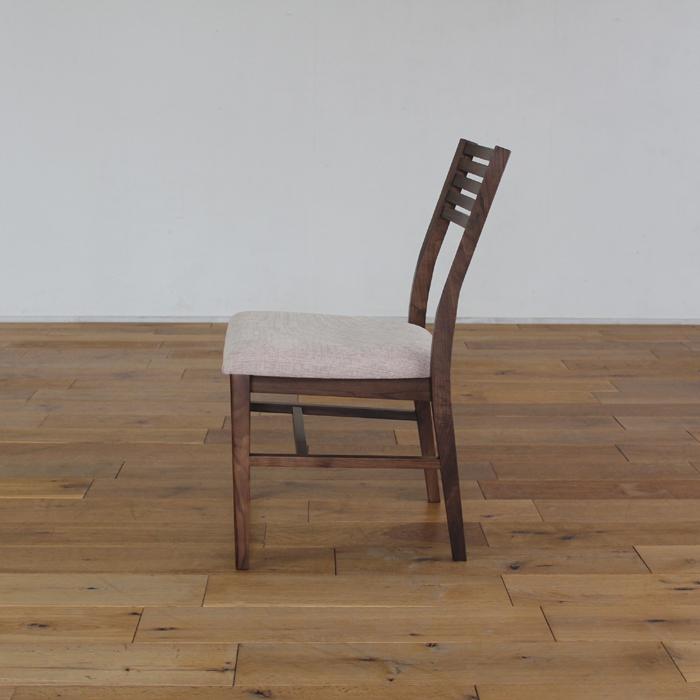 ・【トーラス】ダイニングチェア アームレスタイプ ウォールナット 無垢 食卓椅子