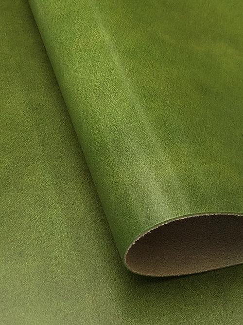 牛ヌメ革【各サイズ】イビザ/緑