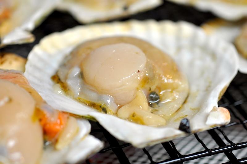 ロブスターとホタテ貝のBBQセット(活ロブスター 600g[×3尾]+片殻付きホタテ貝L 10枚)