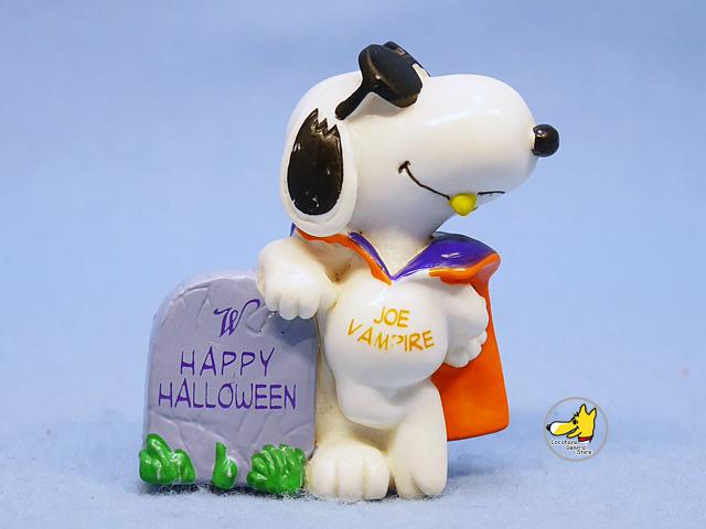 ビンテージ Whitman's  '97  スヌーピー  PVC フィギュア Halloween  Joe vampire