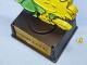 ビンテージ Aviva 1970〜80's スヌーピー トロフィー ウッドストック GOOD LUCK