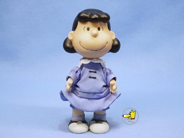 Hallmark Peanuts Gallery スヌーピー ポーセリン フィギュア ルーシー