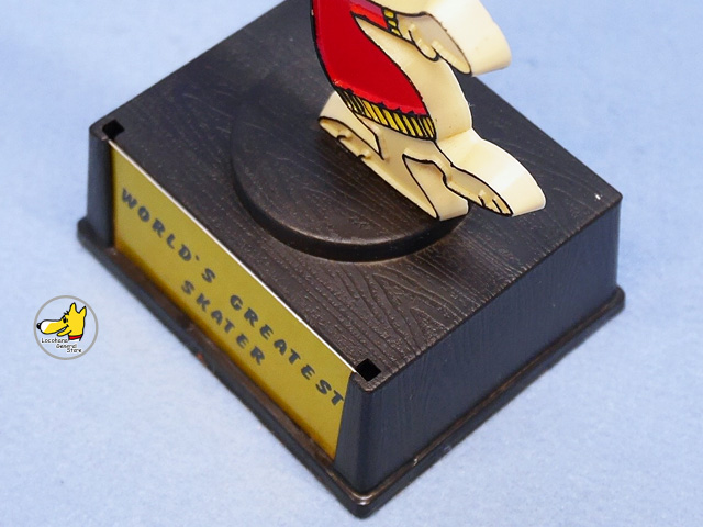 ビンテージ Aviva 1970〜80's スヌーピー トロフィ- WORLD'S GREATEST SKATER