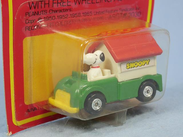 ビンテージ Aviva 1970〜80's スヌーピー Mini Diecast ミニダイキャスト  DOG HOUSE 新品箱入