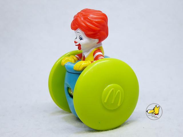 Mcdonald's '06  ミールトイ Baby Ronald ベビーロナルド クルマ