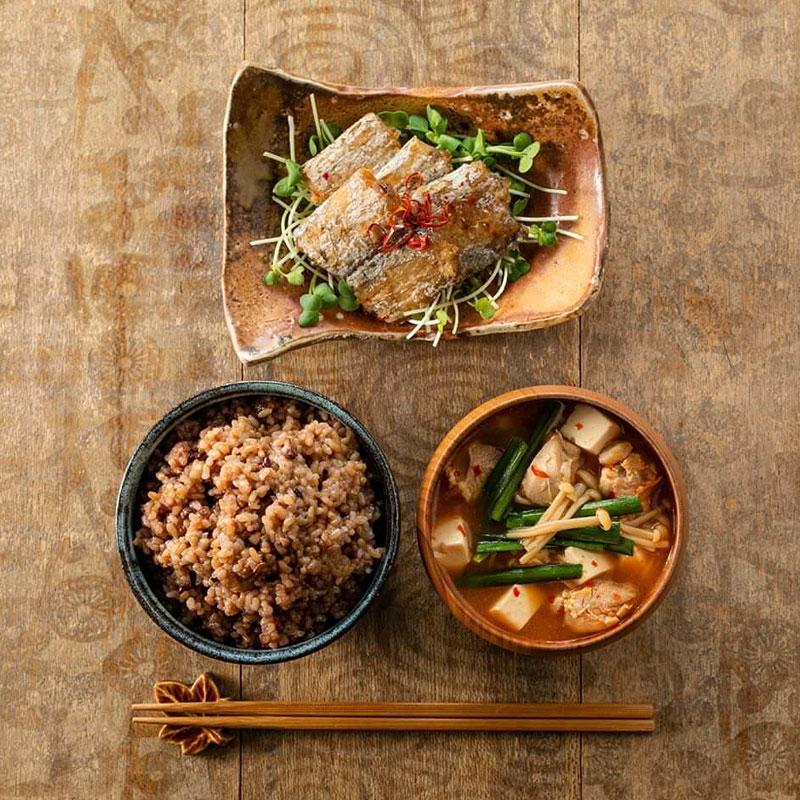お気に入り「もっちもち玄米」をたっぷり24食セット/簡単レンチンでほかほかご飯(送料無料)