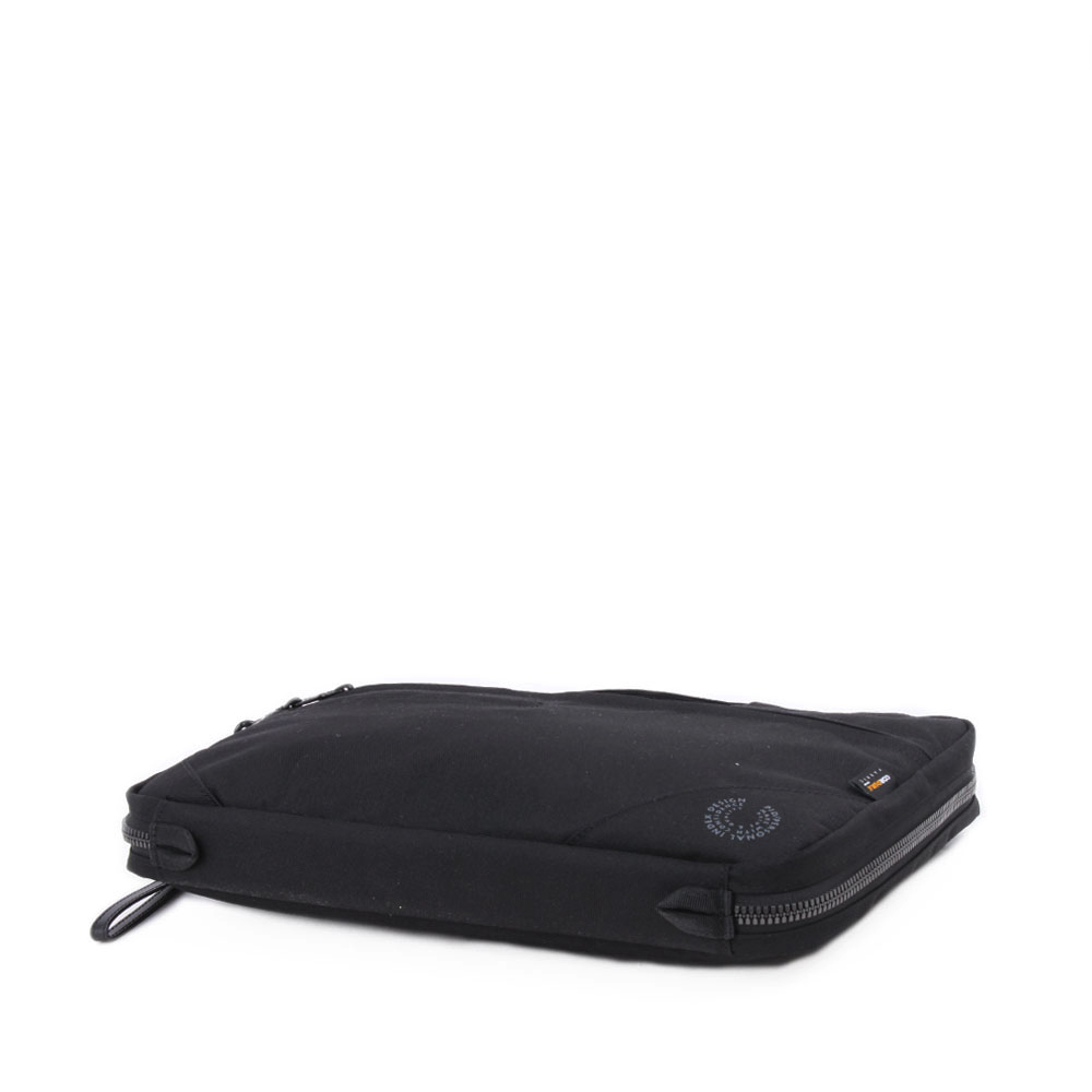 【PID】 13inch対応 軽量PCケース PAN301