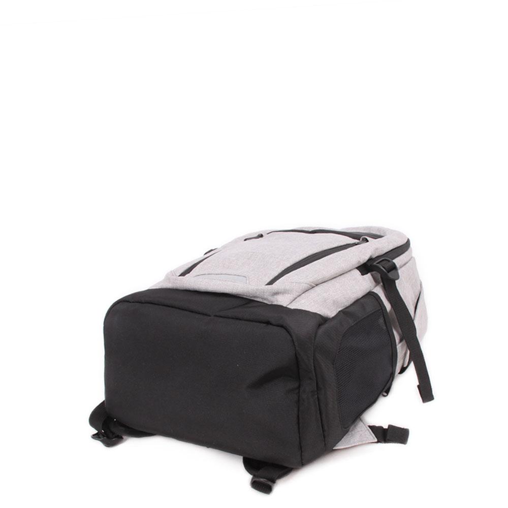 【NewBalance】抗菌ポケット装備モデル Two layer BACK PACK JABL1679