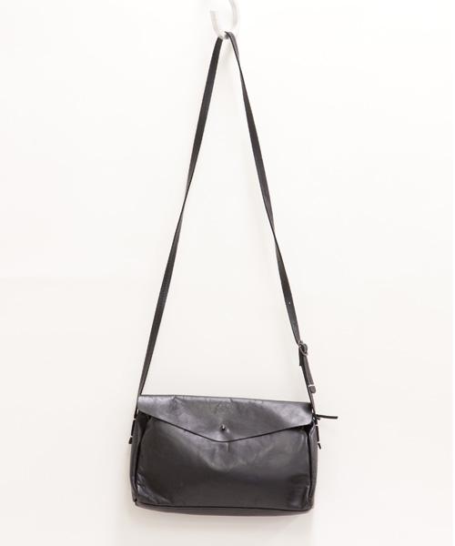 【E150062】Encachette レザーポーチショルダーL(ブラック/BK)